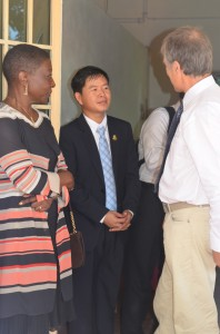 Inauguration de la MdSBat visite des lieux avec le représentant du roi et la présidente du CADO_DxO_2048